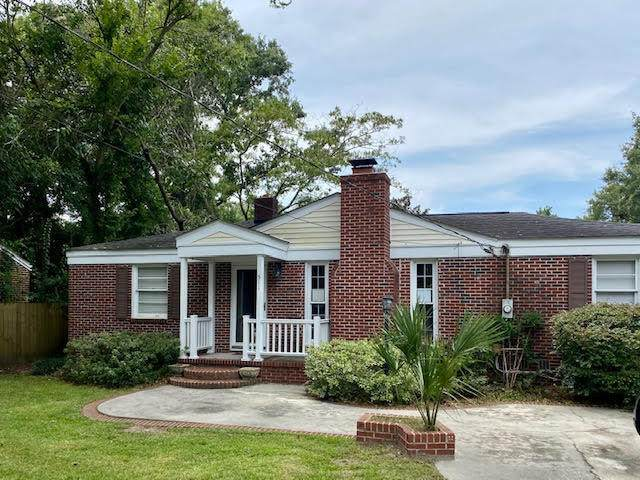 511 Wappoo Road, Charleston, SC 29407 (#20022488) :: The Cassina Group