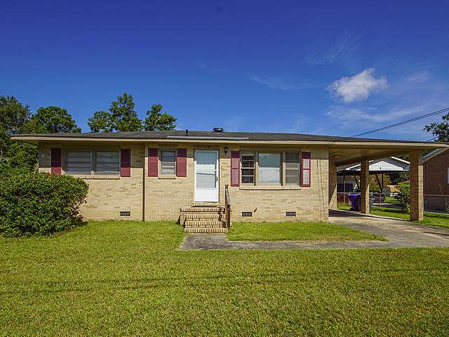 7035 Kenneth Drive, North Charleston, SC 29406 (#20022907) :: The Cassina Group