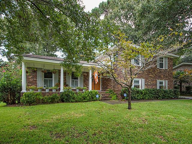 1570 S Pinebark Lane, Charleston, SC 29407 (#20025236) :: The Gregg Team