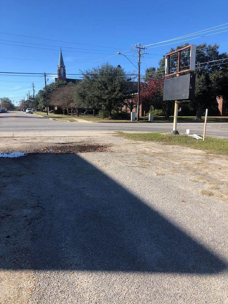 106 Dinkins Street - Photo 1