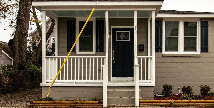 212 Romney Street - Photo 1