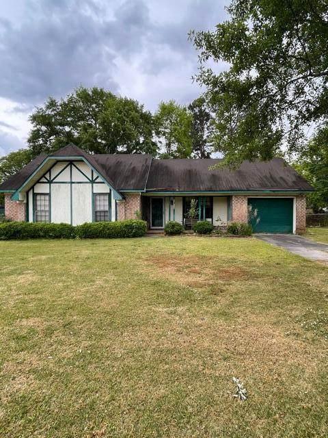 812 Beauregard Road, Summerville, SC 29486 (#21011128) :: The Cassina Group