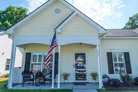 241 Dupont Way, Summerville, SC 29485 (#21017181) :: Realty ONE Group Coastal