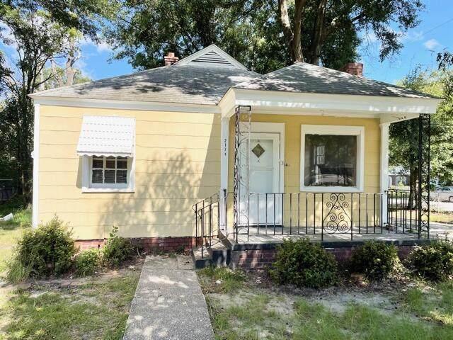 2174 Banyan Street, North Charleston, SC 29405 (#21024481) :: The Cassina Group