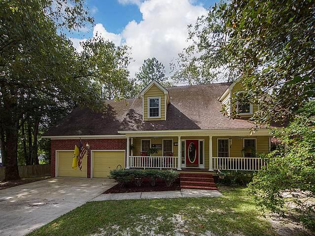 124 King Charles Circle, Summerville, SC 29485 (#21024882) :: Flanagan Home Team