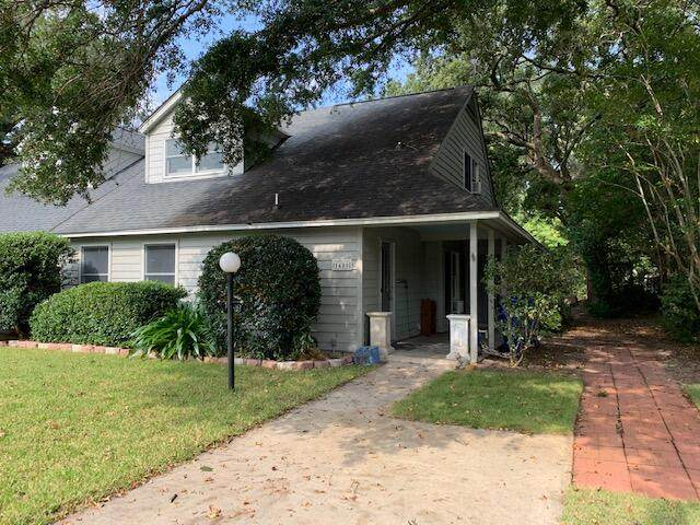 1486 Kinloch Lane, Mount Pleasant, SC 29464 (#21026935) :: The Cassina Group