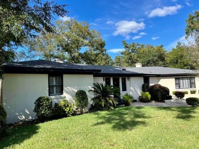 289 Confederate Circle, Charleston, SC 29407 (#21027377) :: Flanagan Home Team