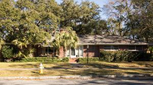 30 Darlington Avenue, Charleston, SC 29403 (#18002302) :: The Cassina Group