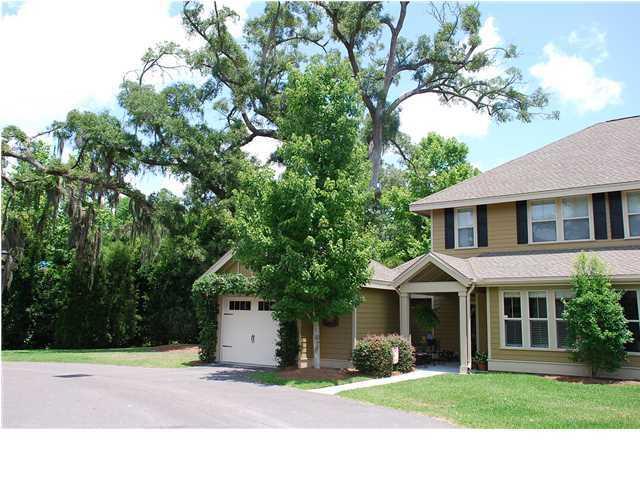 5555 Colonial Chatsworth Circle, North Charleston, SC 29418 (#18003114) :: The Cassina Group