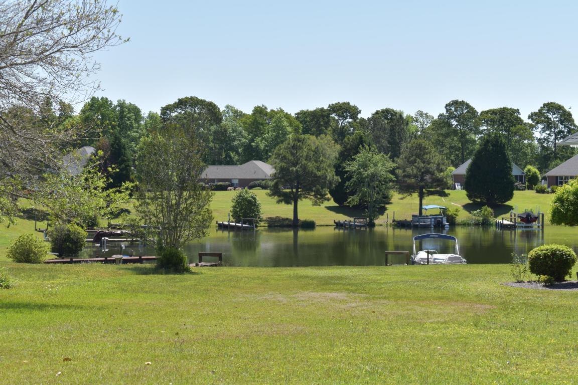 43 Lake Circle - Photo 1