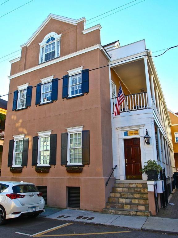 79 Society Street C, Charleston, SC 29401 (#18006140) :: The Cassina Group