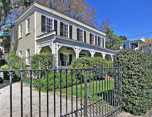 31 Savage Street, Charleston, SC 29401 (#19017262) :: The Cassina Group