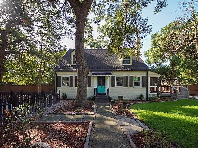 1 Live Oak Avenue, Charleston, SC 29407 (#19025007) :: The Cassina Group