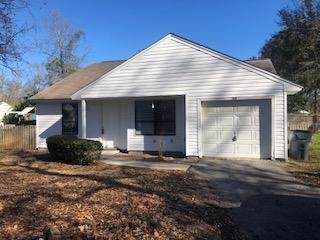 300 Macgregor Drive, Summerville, SC 29486 (#20000154) :: The Cassina Group