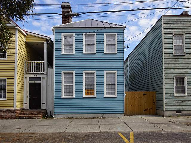 126 Logan Street - Photo 1