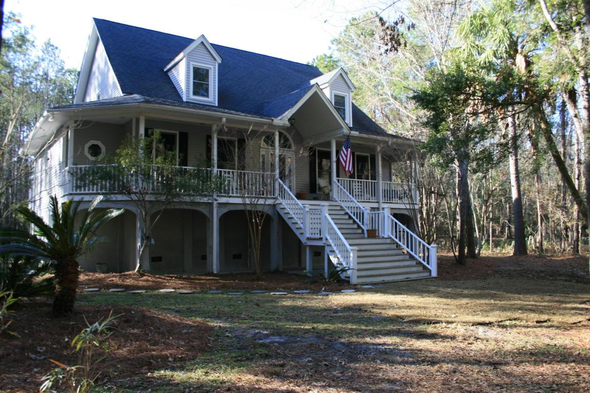 527 Commonwealth Road, Mount Pleasant, SC 29466 (#17000898) :: The Cassina Group
