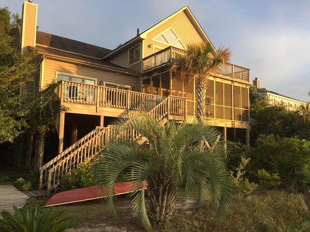 292 Little Oak Island Drive, Folly Beach, SC 29439 (#21027142) :: Flanagan Home Team