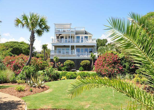2916 Palm Boulevard, Isle Of Palms, SC 29451 (#18027518) :: The Cassina Group