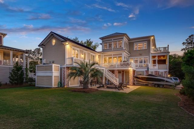 214 Island Point Court, Mount Pleasant, SC 29464 (#19012673) :: The Cassina Group