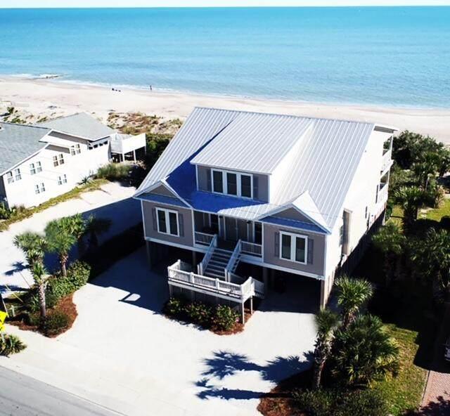 1702 Palmetto Boulevard, Edisto Beach, SC 29438 (#21025823) :: Flanagan Home Team