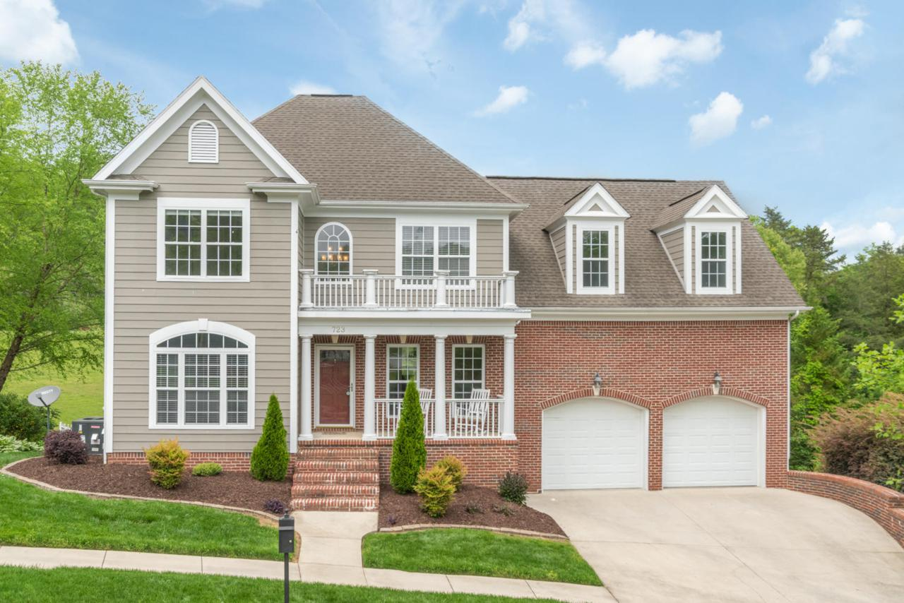 723 Traditions Dr - Photo 1