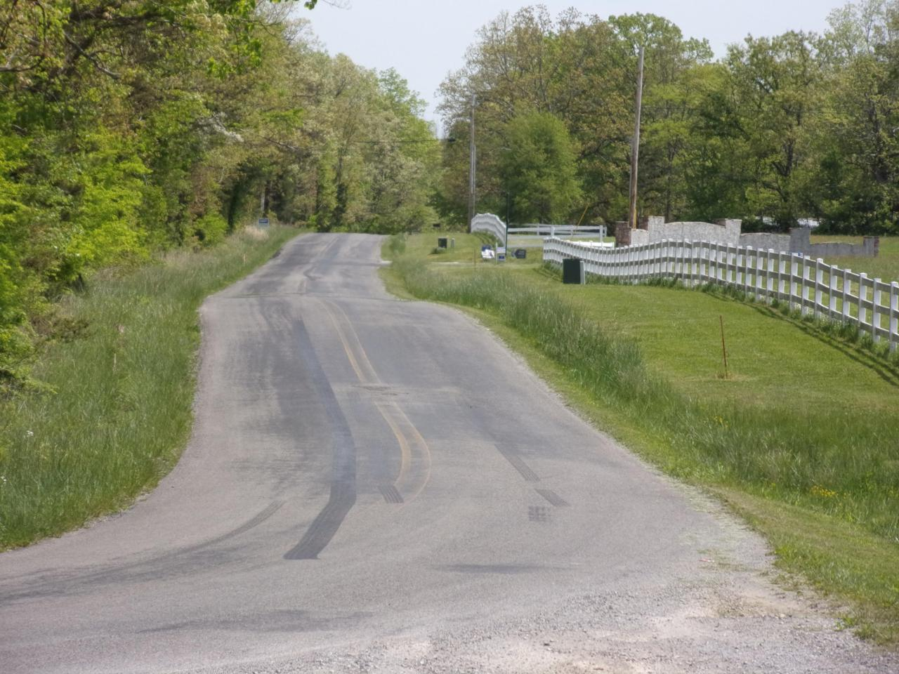 01 Simmons Rd - Photo 1