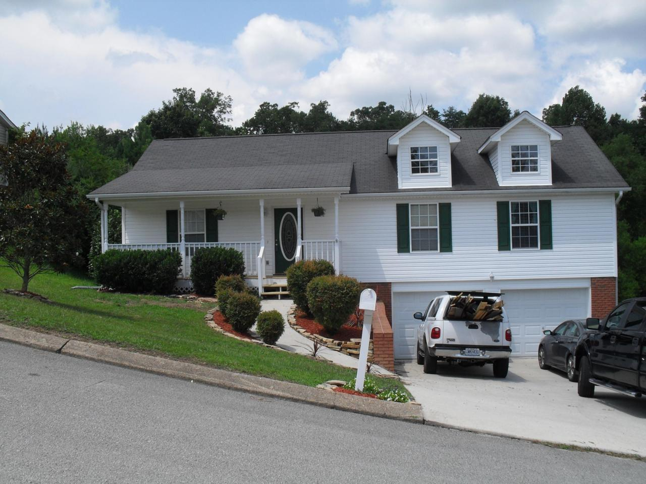 906 Clay Hill Dr - Photo 1