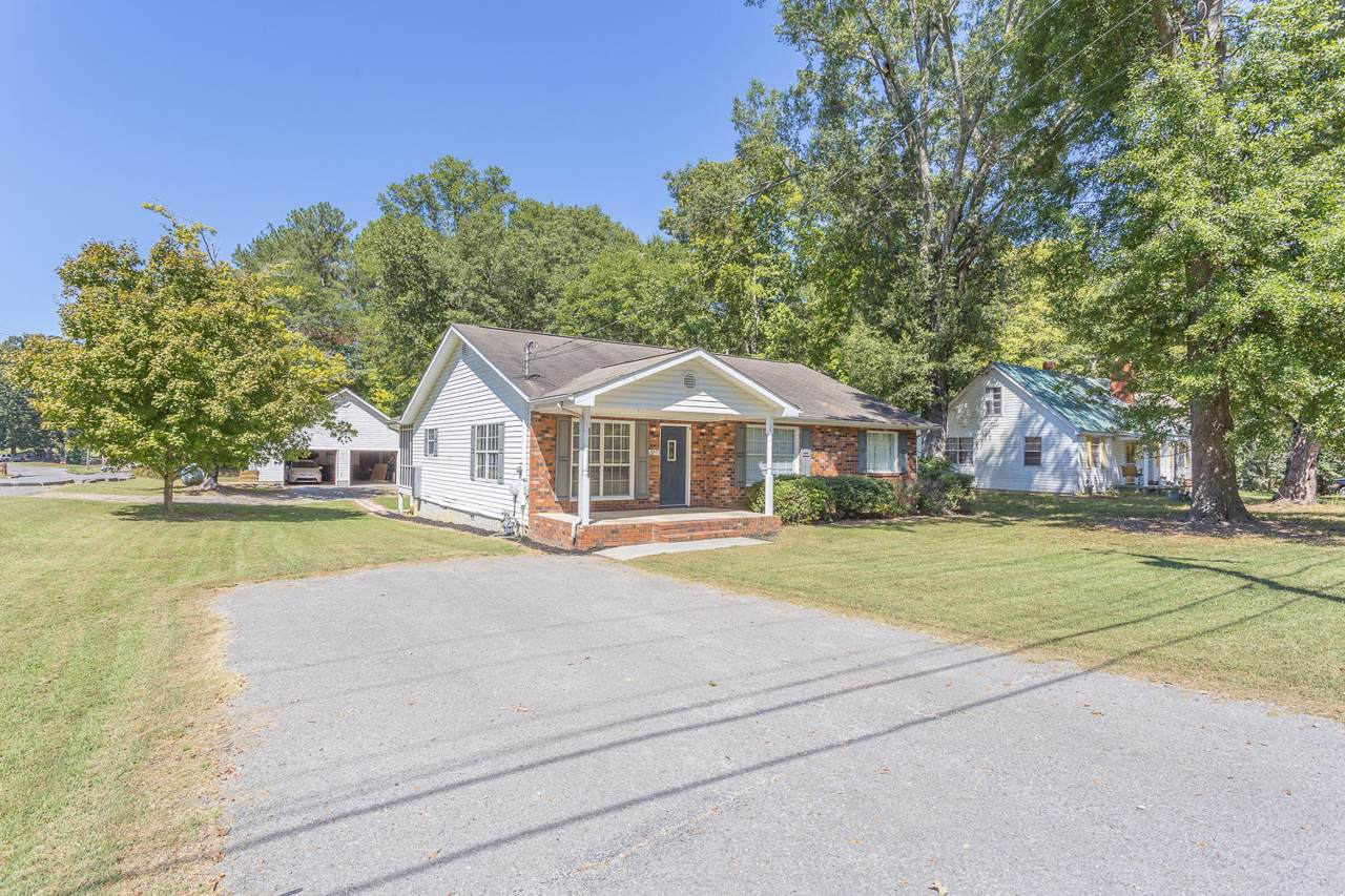 710 Foster Mill Dr - Photo 1