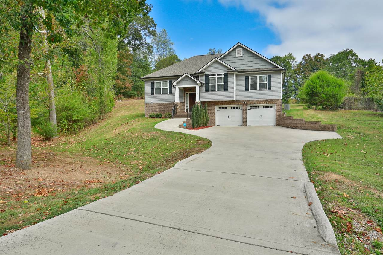 1611 Five Springs Dr - Photo 1