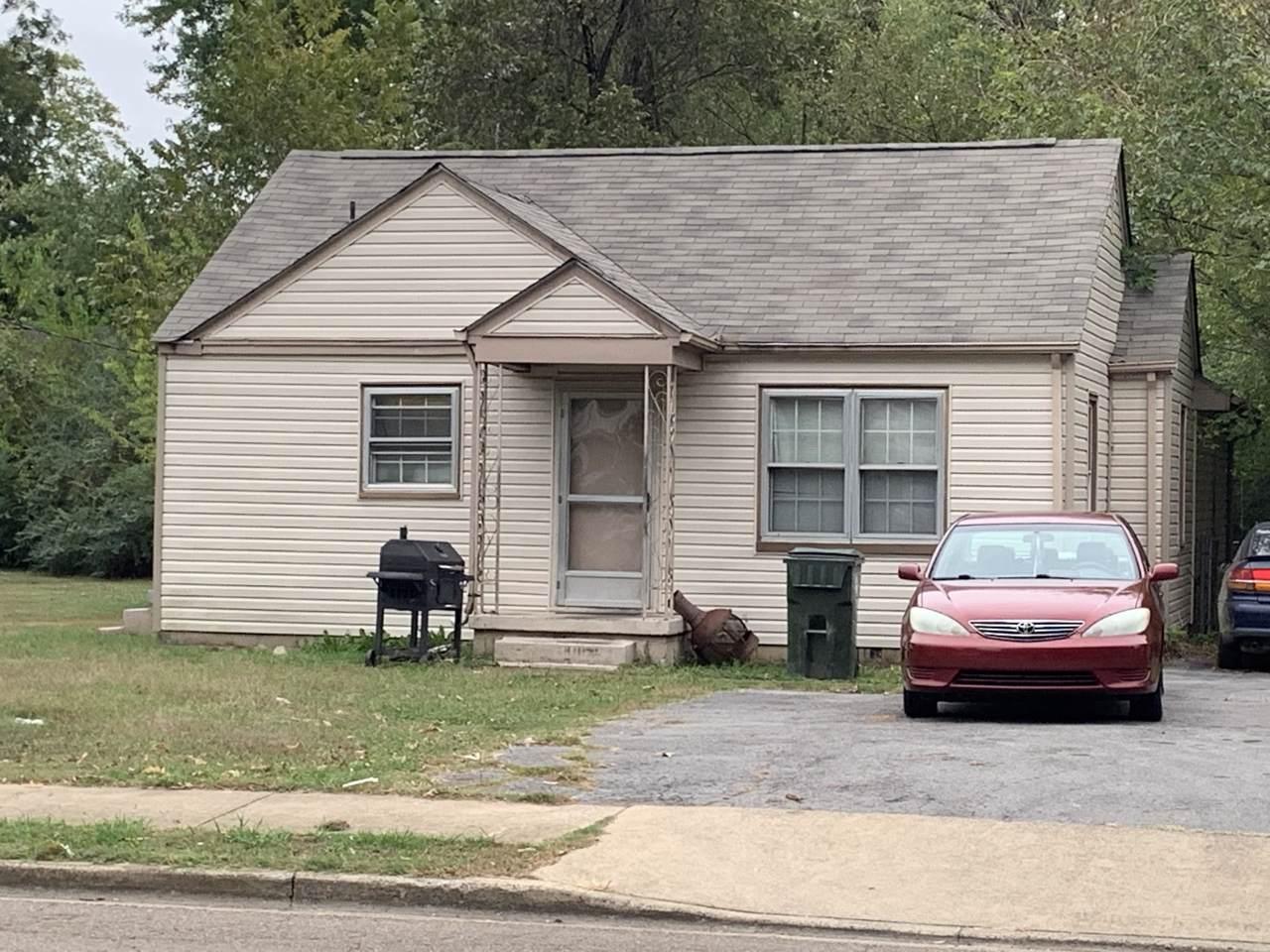 702 N Moore Rd - Photo 1