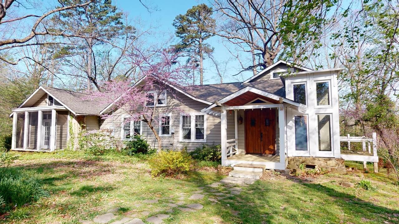 405 Georgia Ave - Photo 1