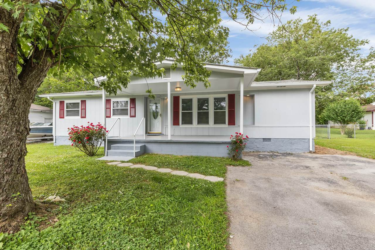 1316 Sherry Dr - Photo 1