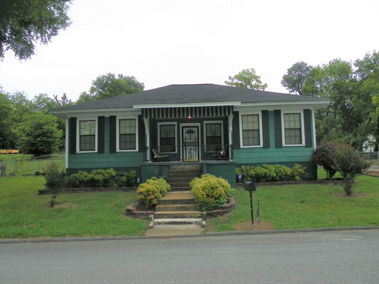 1800 Arlington Ave - Photo 1
