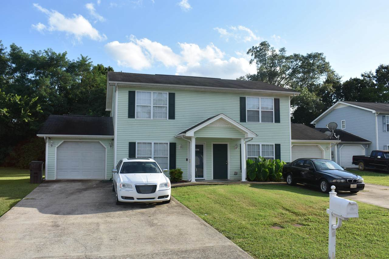 3945 Webb Oaks Ct - Photo 1