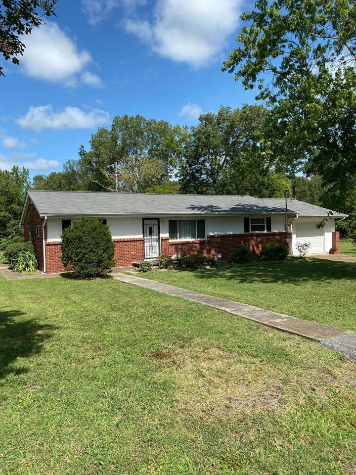 7511 Clyde Rd - Photo 1