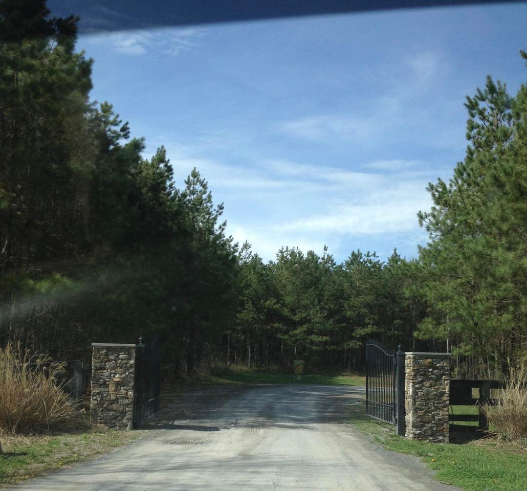 2737 Walden Farms Rd - Photo 1