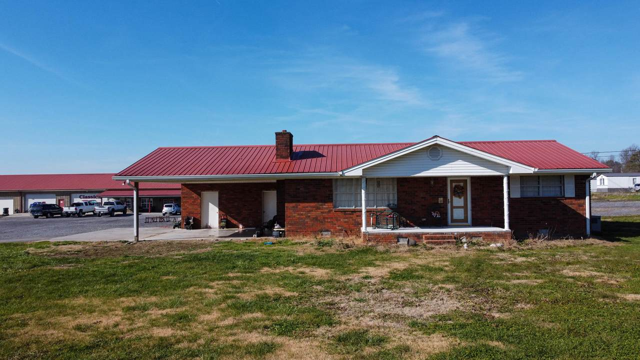 4064 Spring Place Rd - Photo 1