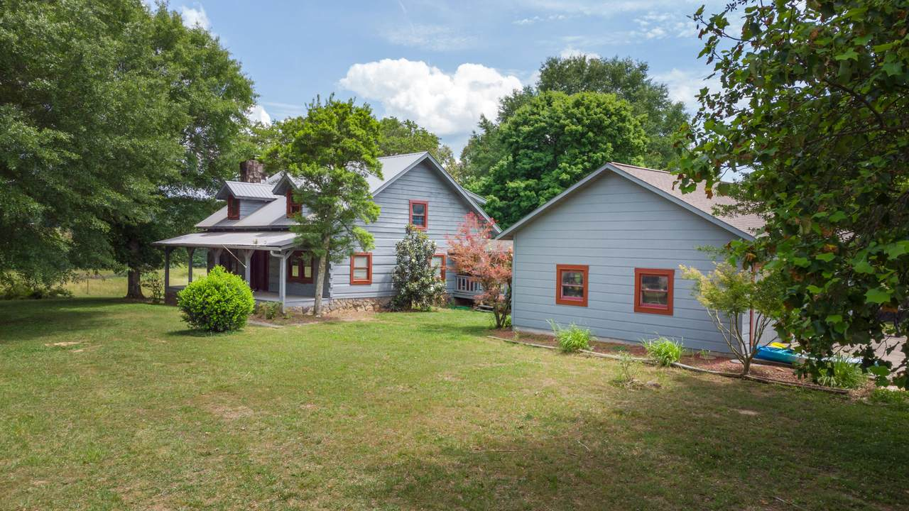 1168 Chestuee Rd - Photo 1