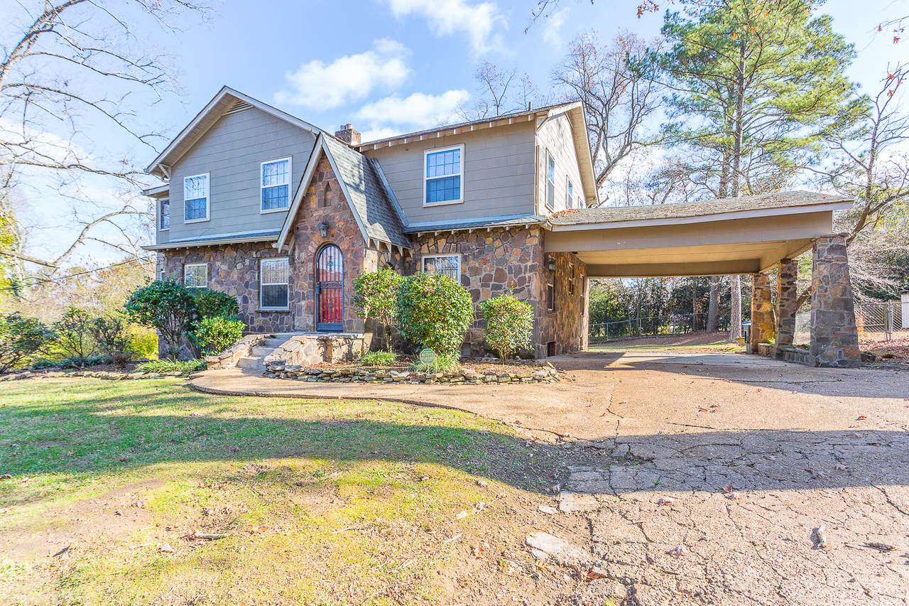 1020 Talley Rd - Photo 1