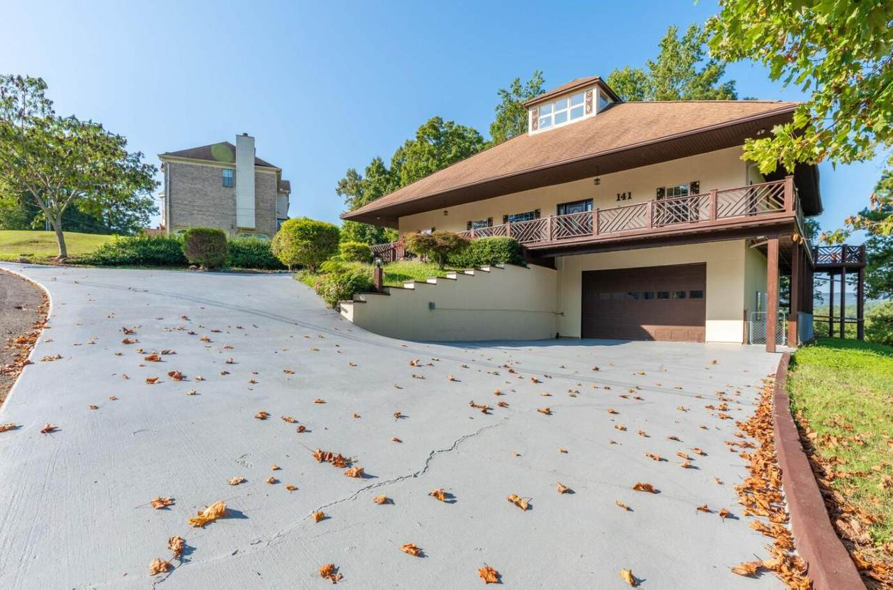 141 Merry Wood Dr - Photo 1