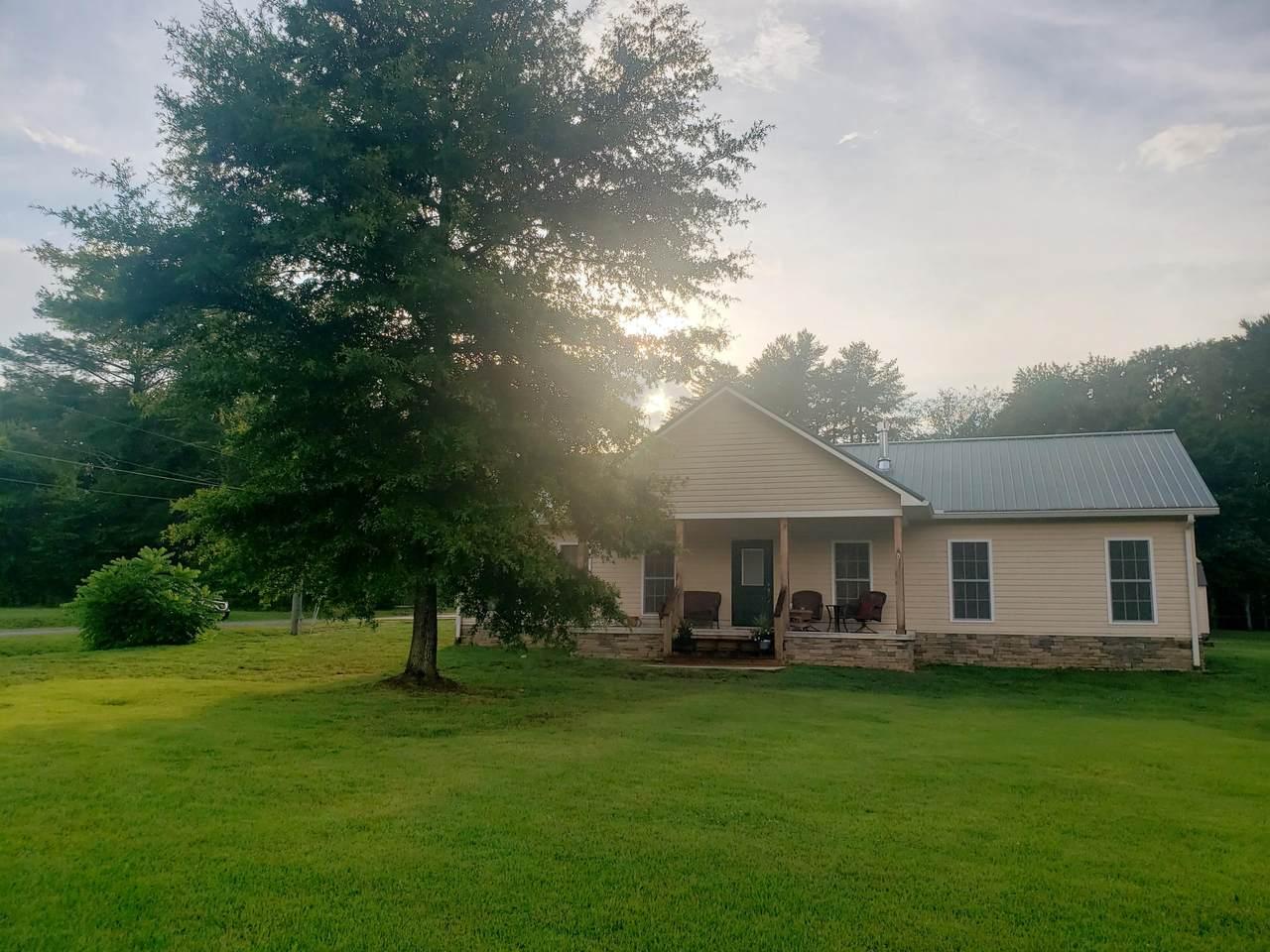 188 Cherokee Dr - Photo 1