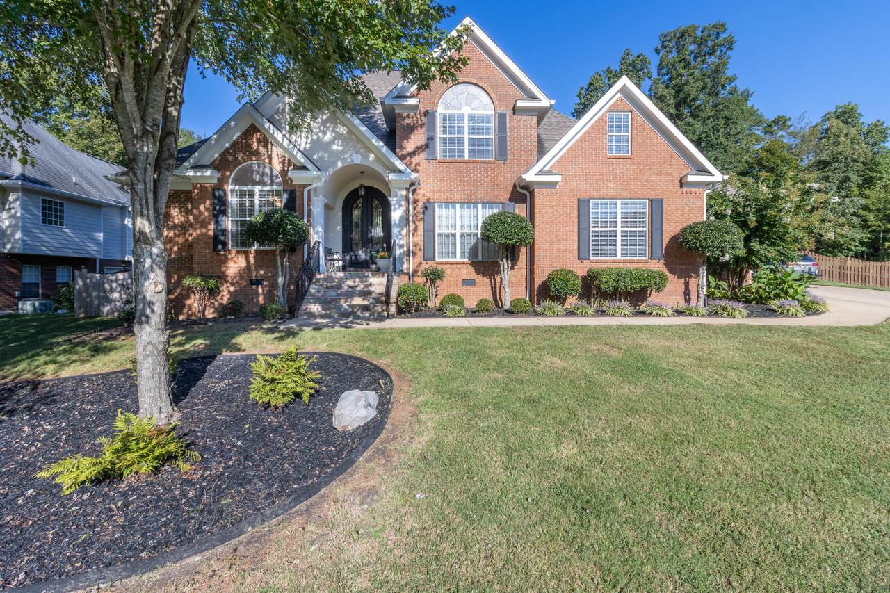 3193 Forest Shadows Dr - Photo 1
