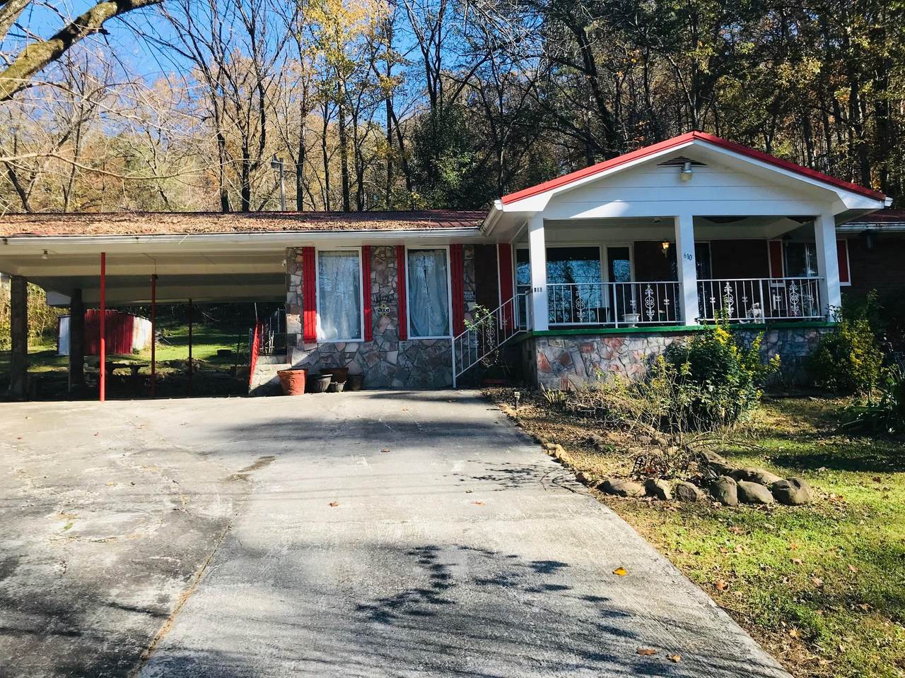 610 Indian Springs Rd - Photo 1