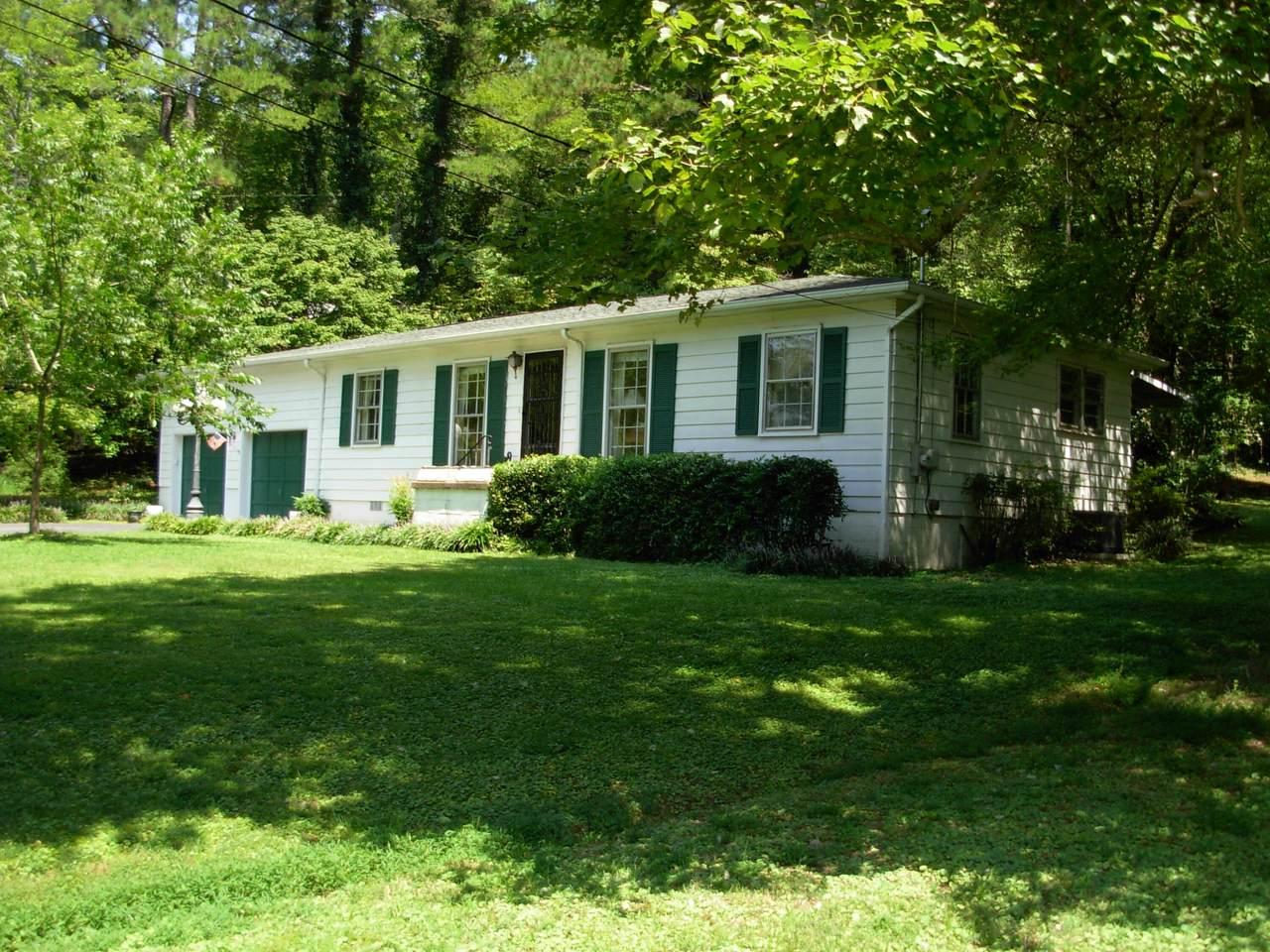 1611 Mission Ridge Rd - Photo 1