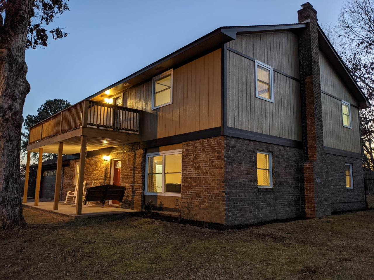 826 Troy Dr - Photo 1
