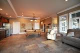8012 Savannah Ln - Photo 40