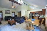 2517 Woodthrush Dr - Photo 4