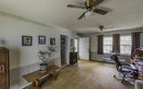 1146 Chippewah Dr - Photo 4