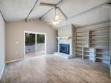 1156 Tamarack Tr - Photo 11