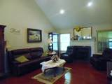 2922 Holliday Dr - Photo 8